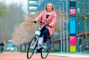 Электровелосипед с системой стабилизации